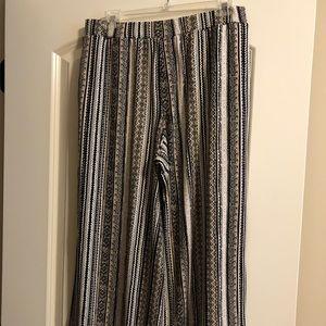 Susan Graver Pull On Knit Crop Pants